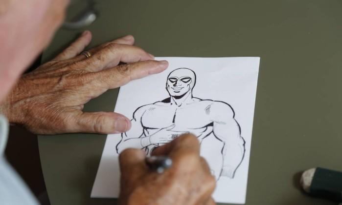 O veterano Walmir Amaral foi um dos poucos quadrinistas da América do Sul a ter autorização para desenhar e criar argumentos para as histórias do Fantasma