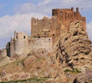 386253_Alamut-Fortress